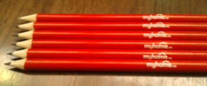 нанесение логотипа на карандаши